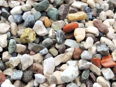 Bunte Steine am Gardasee