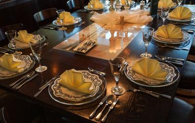 Bitte zu Tisch 2