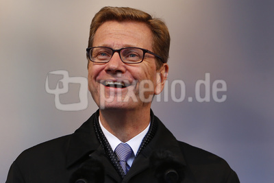Guido Westerwelle (lachend)