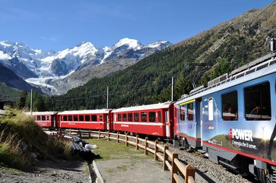 Rhätische Bahn im Bernina-Gebiet