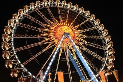 Das Riesenrad bei Nacht 06