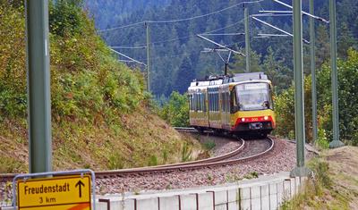 Stadtbahn im Gebirge