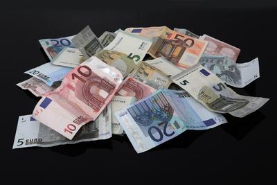 Geldhaufen (schwarz)