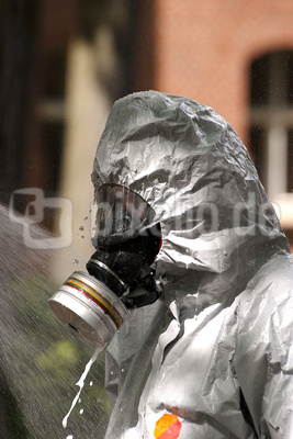 Dekontamination II