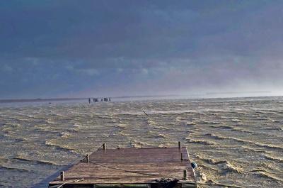 Orkantief an der Küste - schwerer Sturm