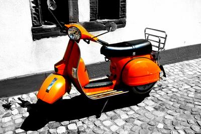 Orangener Roller