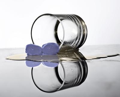 schnapsglas mit eis