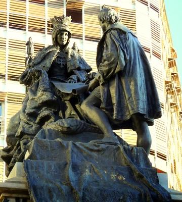 Statue von Christopher Columbus und Königin Isabella.