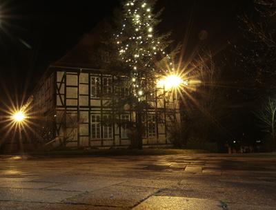 * ws *  am weihnachtsbaum, die lichter brennen