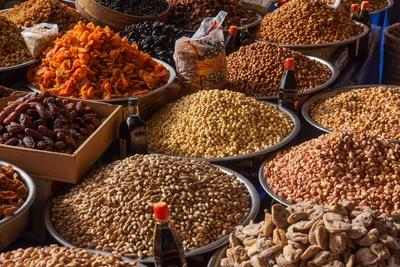 Trockenfrüchte und Nüsse auf dem Bazar 2