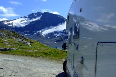 Norwegen - Wohnmobil in den Bergen von Jotunheimen