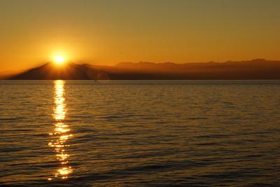 Sonne, Berge und Meer 3