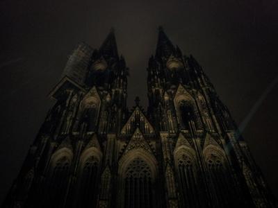 Kölner Dom -gruselig