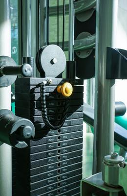 Im Fitness-Studio (Gewichtsstufen)