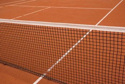 Tennisplatz (Sand) mit Markierung 6