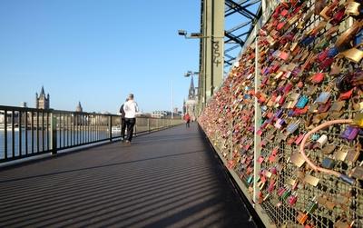 Liebesschlösser auf der Hohenzollernbrücke