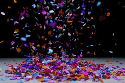 fallendes konfetti