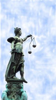 Justitia ........