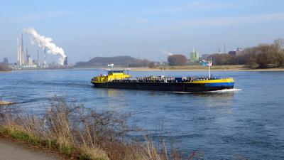 Rheinschifffahrt 01
