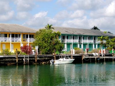 Karibisches Flair in Freeport (Bahamas)