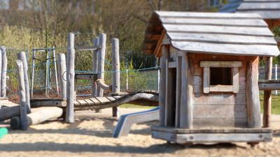 Kletterspielplatz aus Holz