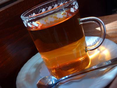 Tee .