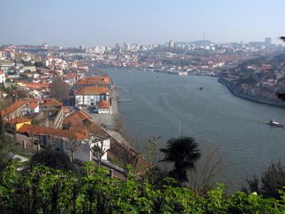 Blick auf den Douro und Porto