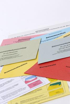Wahlunterlagen (hochkant)