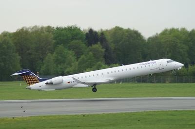 Bombardier CRJ 900 beim Start