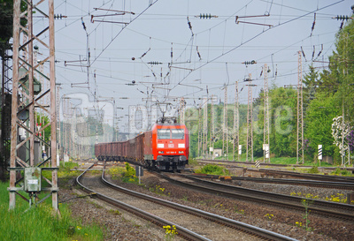 Güterzug im Anrollen