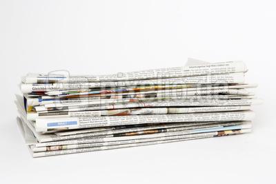 Zeitungen / News