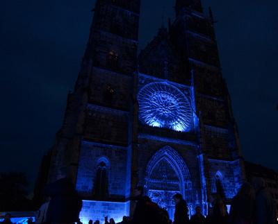 Lorenzkirche in blau