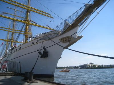Gorch Fock im Hamburger Hafen (Juli 2010)