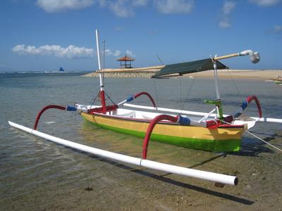 Jukung das typische Bali-Fischerboot