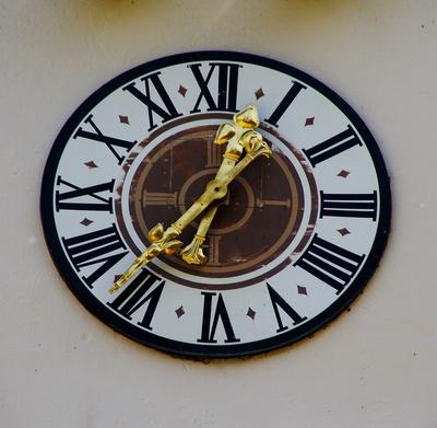 ...und wieder einmal eine Uhr...