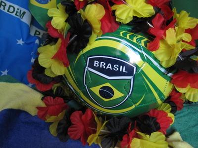brasilianisch-deutsche Fußball-Deko