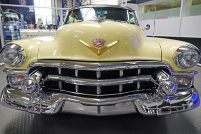 Cadillac - direkt von vorn