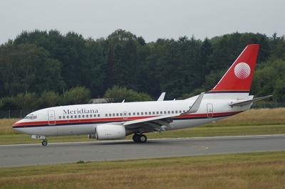 Meridiana - Boeing 737-73V