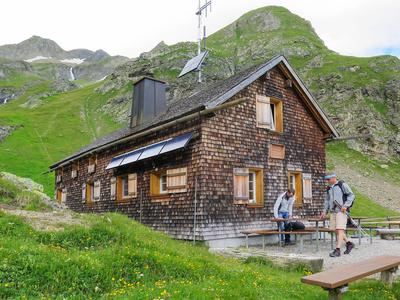 Das Tagesziel: Sardona-Hütte auf 2158 m