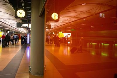 Flughafen Mietwagenschalter / Wartezone