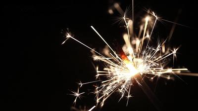 Wunderkerze brennt