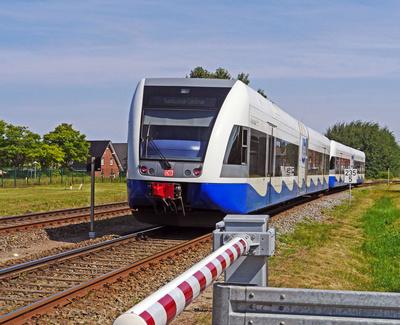 Die Usedomer Bäderbahn . . . .