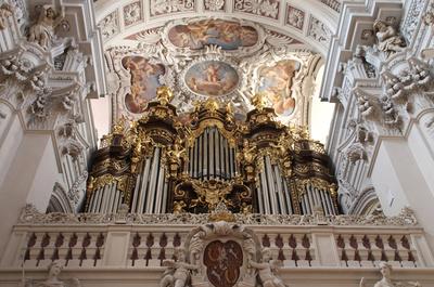 Die Hauptorgel im Passauer Dom St. Stephan 02