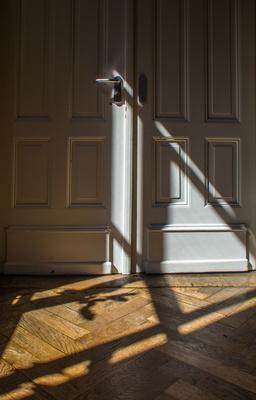 Geheimnisvolle alte Türe