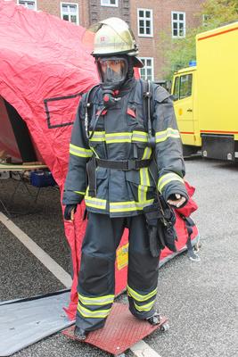 Feuerwehrmann Puppe