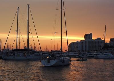Im Hafen von San Antonio (Ibiza)