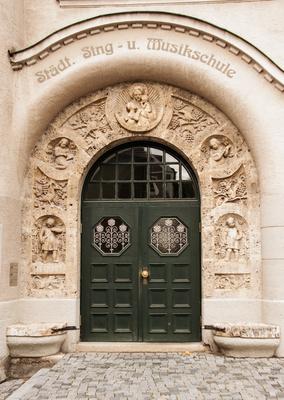 Prunkvoller Eingang