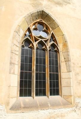 Ein klösterliches Fenster
