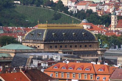 Die Dächer einer Stadt