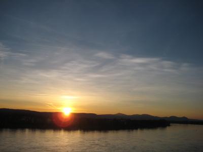 Sonnenaufgang über dem Siebengebirge